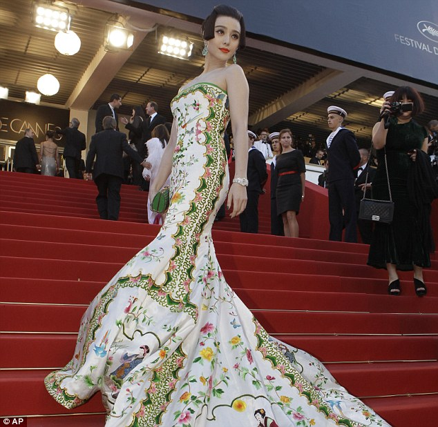Chinese movie star Fan Bing Bing suits her nation